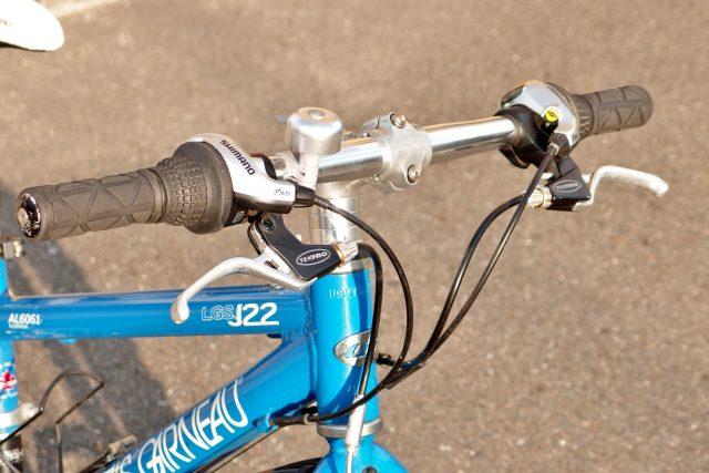 2011.LOUIS GARNEAU LGS-J22 (2)