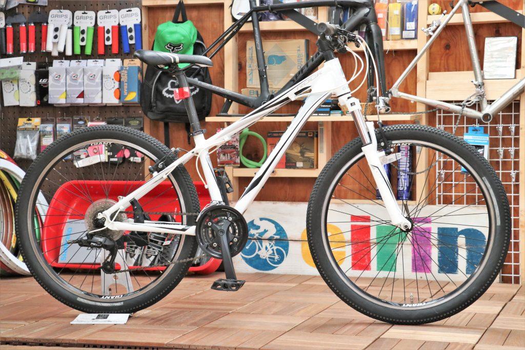 スポーツバイク初心者の方におすすめしたいマウンテンバイクを買取致しました!「GIANT/ジャイアント ROCK」【マウンテンバイク 買取情報】