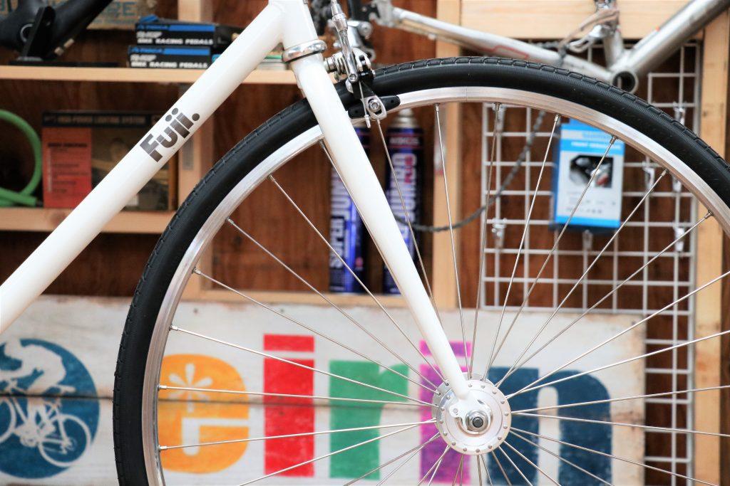 すっきりシンプル!カスタムが楽しめる一台を買取させていただきました!「FUJI/フジ STROLL」【シングルバイク 買取情報】